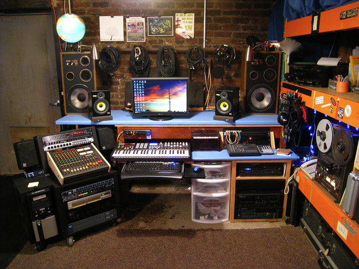 Excellent Home Music Studio 700 x 525 · 235 kB · jpeg